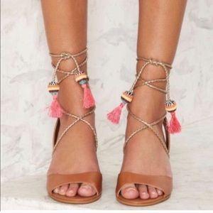Sam Edelman shani tan tasseled block heel sandals